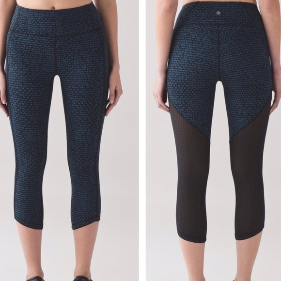19e3b7f70f lululemon athletica Pants - Lululmon Hi Rise Blue Print Mesh Crop Leggings 4
